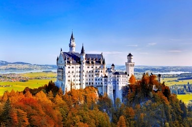 Neuschwanstein Castle in Bavaria in Autumn